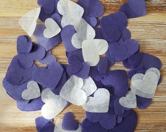 Biodegradable violet and white heart confetti