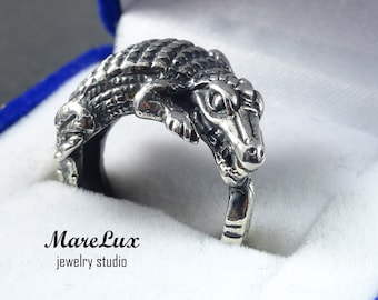Crocodile Ring, Sterling Silver Alligator Ring, Sterling Silver Blackened Crocodile Ring, Oxidized Silver Ring, Reptile Ring, Animal Ring