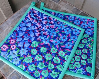 Mother's Day Gift, Quilted Potholders, Modern Pot Holders,  Gift for Mom, Gift under 20, Foodie Gift, Gift for Woman