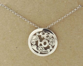 Sterling silver pendant with florish design and customized letter