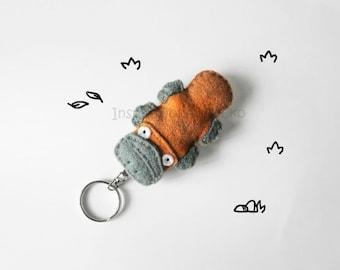 Platypus felt keychain, stuffed duckbill keyring charm, gift idea for teens, stuffed cute animal figurine, made to order