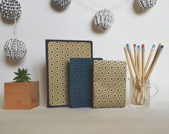 Notebook - Note Pad - Blue/Gold flowers - Triangle blue/white