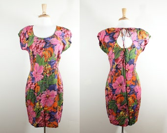 Vintage Pink Floral Cap Sleeve Keyhole Back Dress