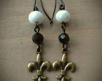 Black & Gold Fleur de Lis Dangle Earrings w/Czech Crystals