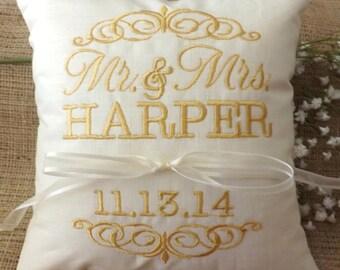 Almohadilla del portador del anillo, Señor y señora Ring Pillow, almohada de boda, bordado, monograma, personalizado. personalizada, almohadillas del portador del anillo
