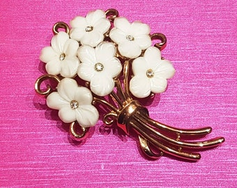 TRIFARI Flower Brooch White Glass Gold Vintage Signed Matching earrings available