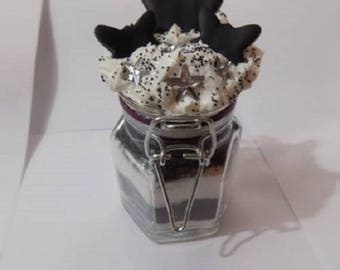 Small glass jar decorated Butterfly star