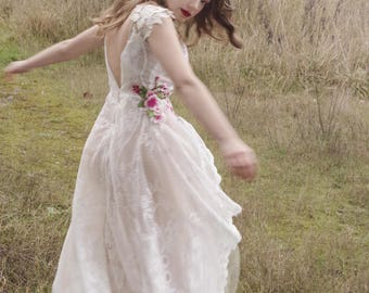 Ethereal Wedding Gown/Lace Tulle Wedding Gown/One of a Kind Wedding Gown/Embroidered Bird White Lace Wedding Gown/Bridal Dress