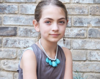 little livly - turquoise and gray necklace