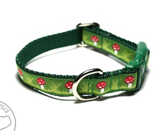 "Little Mushrooms Dog Collar - 3/4"" (19mm) Wide - Green Dog Collar - your choice of style & size - Metal Buckle Option"