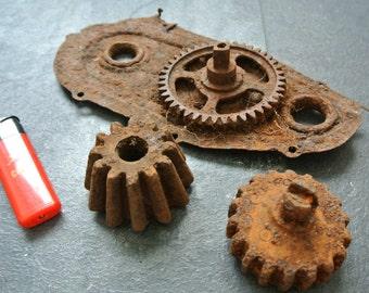 Rusty Gear Old Rusty Gear Cogs Crusty Rusty Gears Rusty Patina Salvaged Gear Steampunk Industrial Decor