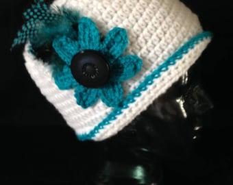Crochet Cloche Hat/handmade/White/Blue/feathers/ adult/teen/hats/ladies/girls/vintage look/stylish/snug fit/black/