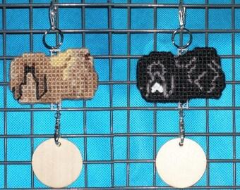 Pekingese crate tag kennel dog or hang anywhere, unique pet handmade hanger art, Choose your color, Magnet option