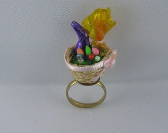 "Easter ring. ""dollhouse goes jewelry"" by ideenreich-berlin.de"