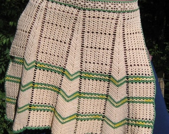 Women's Vintage Crochet Apron Tea Stained Size Small Medium