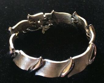 CROWN TRIFARI Silver Tone Link Bracelet
