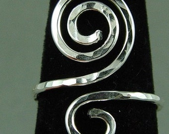 Silver Labyrinth Ring / Celtic Ring / Sacred Spiral Ring