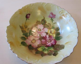JAPAN HAND PAINTED Bowl with Flowers