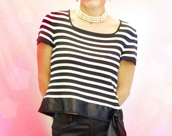 Vintage 1980s Striped Cropped Sweater, Knit Wear, Knitwear, Nautical Black White Stripes Crop Top, Satin