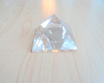 Quartz pyramid. Rock, minerals liotherapie. Home decor.