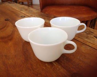 Vintage Set of 3 white Pyrex coffee mugs