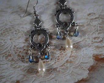 Silver Drop Earrings with Pearls and crystals, Silver drop earrings, Pearl earrings, Crystal earrings, Dangle and Drop Earrings