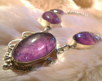 The elegance of the fluorite stone of protection