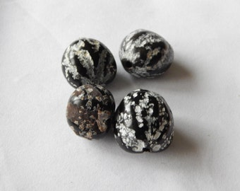 African Kikui Nut Beads.
