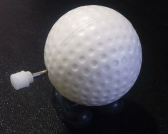 Vintage 1980's Jumping GOLF BALL  Wind Up Toy!