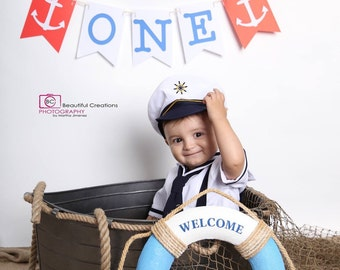 Nautical inspired paper banner