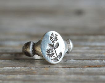 Sterling Silver Botanical Ring For Her Chickweed Botanical Jewelry Stacking Rings Flower Ring Anniversary Gift Nature Inspired Gift for Mom