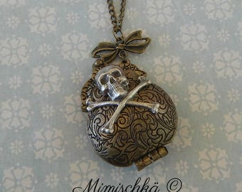 necklace purse skull
