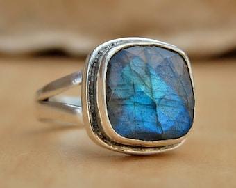 Labradorite Ring, cushion faceted labradorite sterling silver ring, blue labradorite Solid silver ring Jewelry