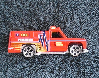 Vintage 1976 Hot Wheel red rescue truck