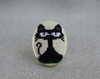 Black cat ring, Cross stitch ring, Embroidered jewelry, Ring handmade, Black jewelry, Embroidered cat, Pets gift, Cat jewelry, Gift for Her