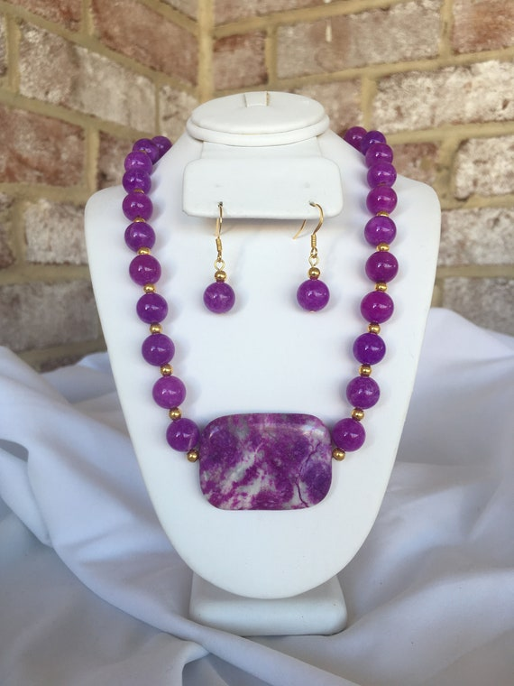Purple Crazy Lace Agate Pendant Necklace and Dangle Earrings Set