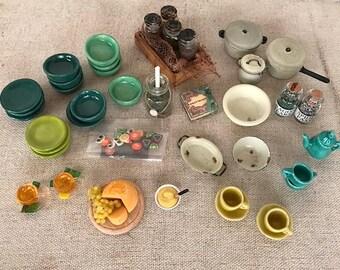 Dollhouse Miniature, Kitchen accessories in 1:12 scale - Miniature set nr 4