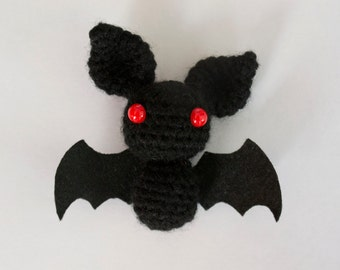 Bat amigurumi - Bat doll - amigurumi bat - crochet bat - bat plushie - animal crochet - crochet animal - handmade bat - key chain bat