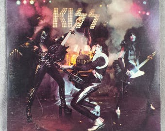 """KISS 1975 ALIVE 12"""" Vinyl 33 LP Vintage Record Classic Rock Dr. Love Hard Luck Woman Casablanca Records First Press Very Good"""