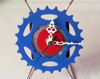 Recycled Bicycle Sprocket & Spoke Desk Clock - Blue/Red