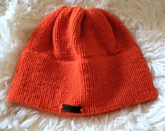 Easy-to-see Knit Cap