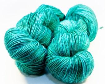 Vert ailé Teal - teint à la main laine à chaussette mérinos Superwash - SUPER moelleux!