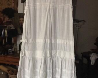 Vintage White Cotton Day Dress