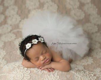WHITE NEWBORN TUTU, Newborn Tutu Set, Newborn Photo Prop, Newborn Tutu, Baby Tutu, WhiteTutu, Baby Tutu, First Birthday Tutu, Photo Prop