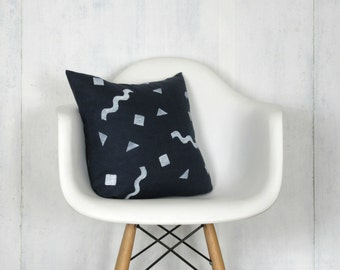 Navy Blue Linen Wiggle Print Pillow Cover / Block Printed Confetti Shapes Geometric Indigo White Decorative Throw Cushion Bedding Accent