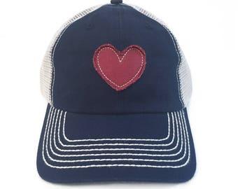 Womens Baseball Hat Heart Patch Vintage Trucker Hat For Women Heart Gifts Heart Appliqué Woman Baseball Cap Love Gifts