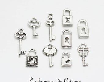 Lot 10 silver padlock and key charms