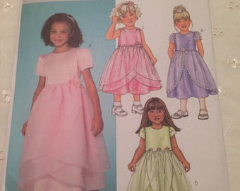 Butterick B4115 Children's /Girls Dress Pattern ages 2-5 years ideal for flower girl occasion or party.