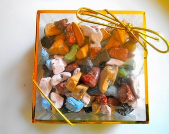 CHOCOLATE ROCK FAVORS Cake Decorations Colorful Pebbles Little Stones Traditional Weddings Beach Parties Milk Chocolate