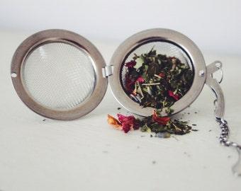 Mesh Ball Tea Infuser & Tea Gift Set teabelly Organic Artisan Herbal Tea Infusion Tisane